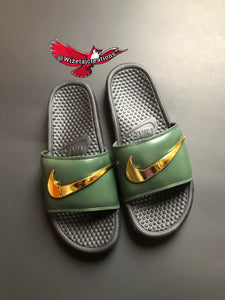 competitive price dd46f 02689 Nike Benassi