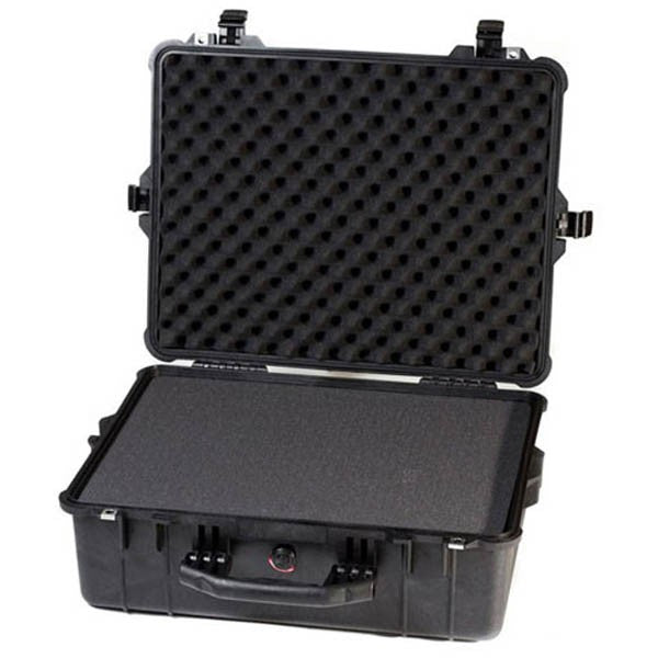 Pelican 1600  Case with Foam - Black