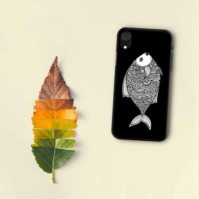 Staying Afloat With The Fish Designer Slim Case And Cover For iPhone XR