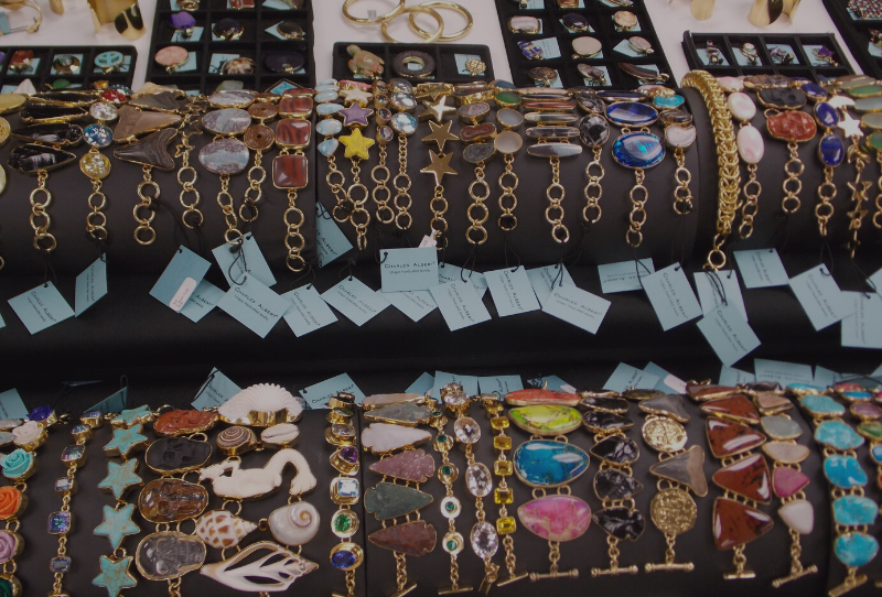 10 Tips to follow for a successful jewelry trunk show