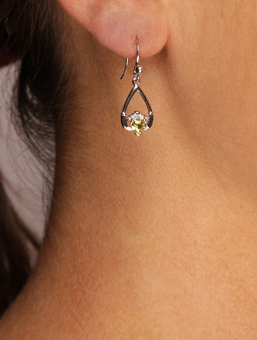 Claddagh August Birthstone Earrings
