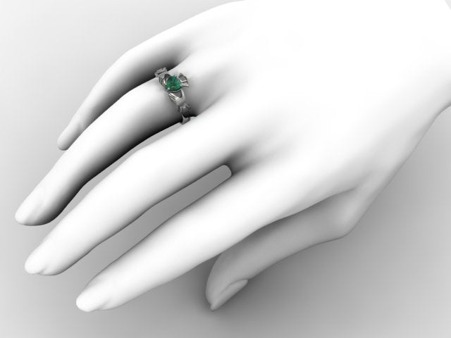 Claddagh Ring SUE-GQ-WHITE on hand