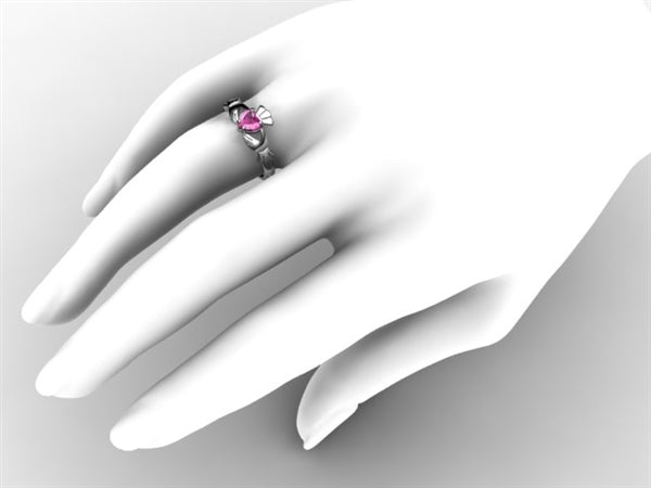 Claddagh Ring SUE-PISAP-WHITE on hand