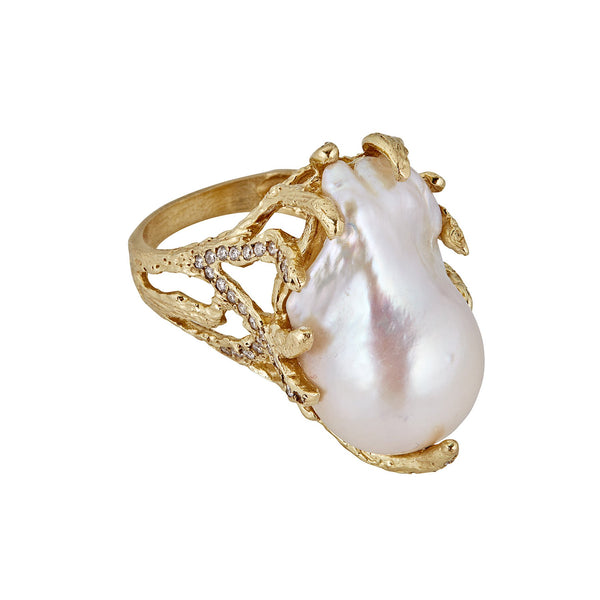 Baroque Pearl Diamond Claw Ring