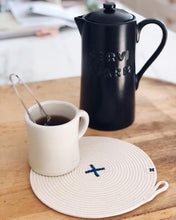 Load image into Gallery viewer, Trivet Rope X COBALT