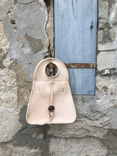 Load image into Gallery viewer, Amélie Crossbody - Natural