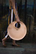 Load image into Gallery viewer, Pleine Lune Circle Handbag