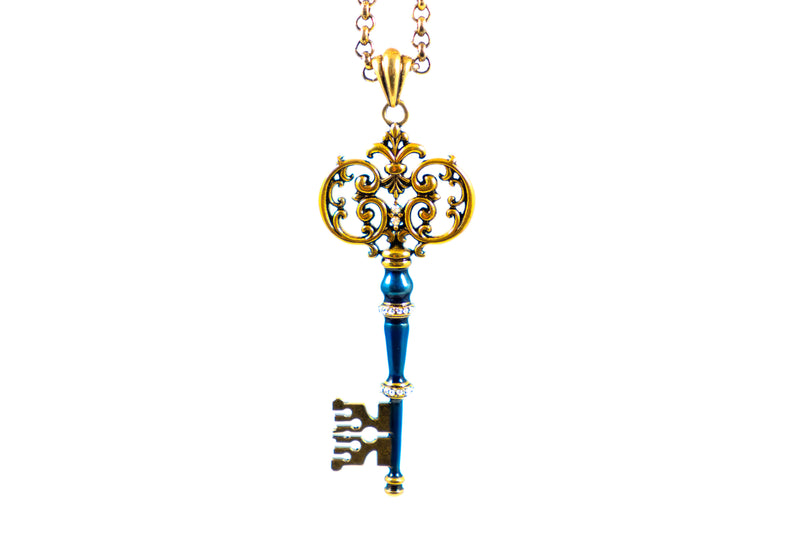 Antique Gold Key 'Night Love' - ArtLofter
