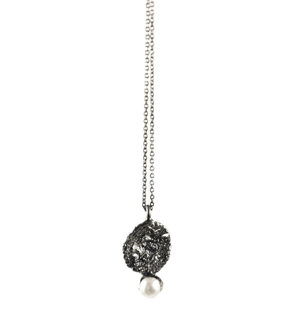 Oxidized Silver Necklace With Diamond Dust And Pearl - ArtLofter