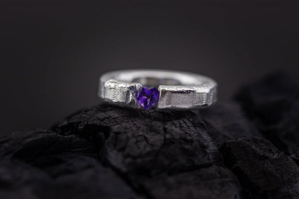 Silver Ring With Heart-Shaped Amethyst - ArtLofter