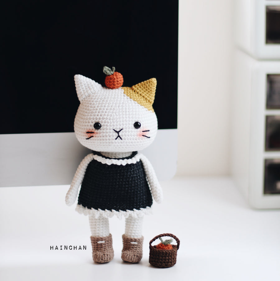 Aki The Cat – Crochet PDF pattern, instant download.
