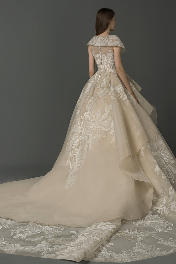 Long dress with an overskirt