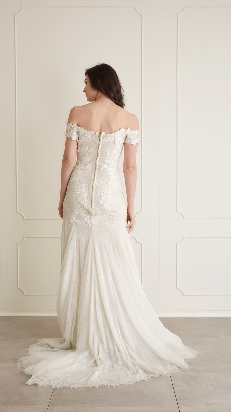 Costarellos - Lydia Gown, US6