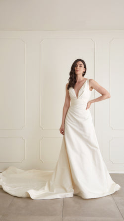"Pronovias - ""Great"" Gown, US6"