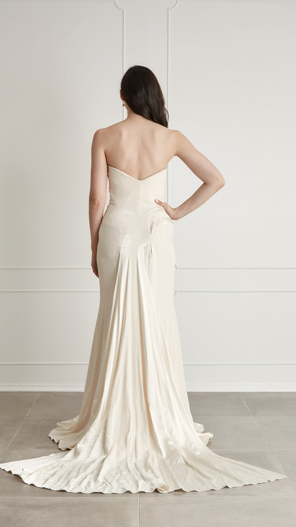 Douglas Hannant - Champagne Strapless Banded Silk Gown, US 4