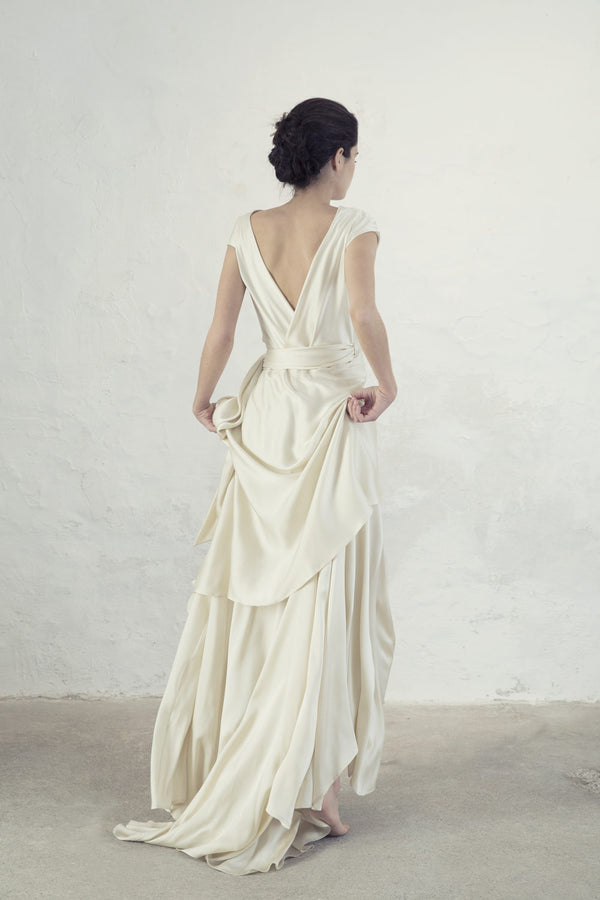 Cortana - Cristal Silk Gown