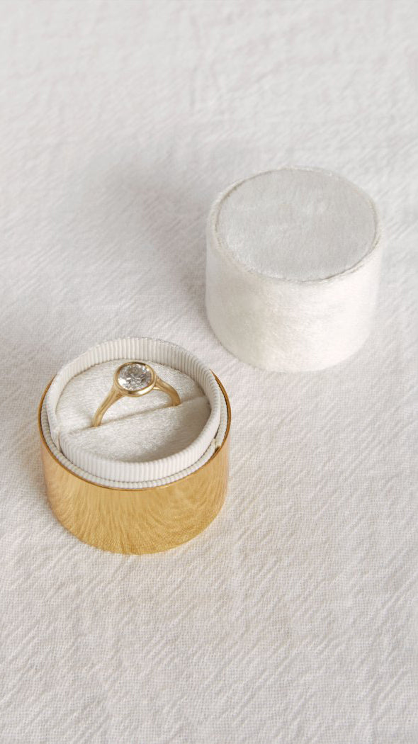 The Laurine Ring Box (White)