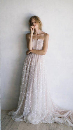 Dan Jones - Schiffer Gown