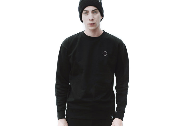 Circle pit Fleece Basic - Sudadera Básica en 4 colores diferentes - Stockholm company