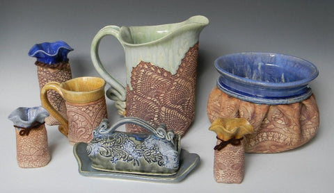 JAYNE AVERY, Pottery