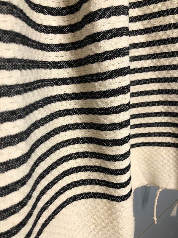 black and white fouta close up