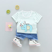 Laden Sie das Bild in den Galerie-Viewer, Summer Top for Baby Girls and Baby Boys.