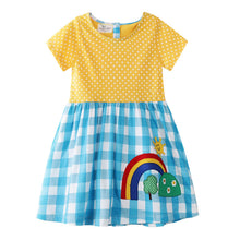 Laden Sie das Bild in den Galerie-Viewer, Little Spring Dress for Young Girls - young lady