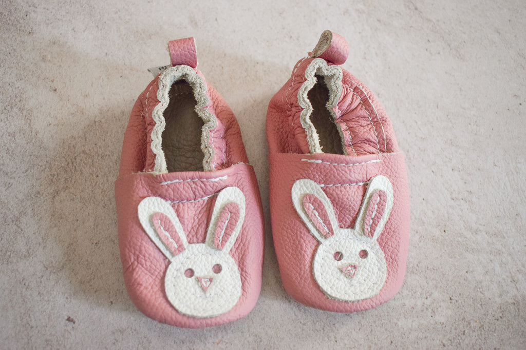 Bunny leather shoes