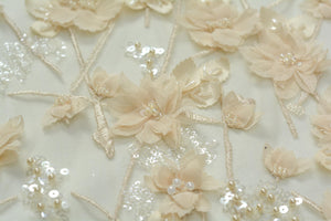 Light gold 3D appliqué lace