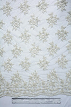 Load image into Gallery viewer, Carrara White Lace Vine