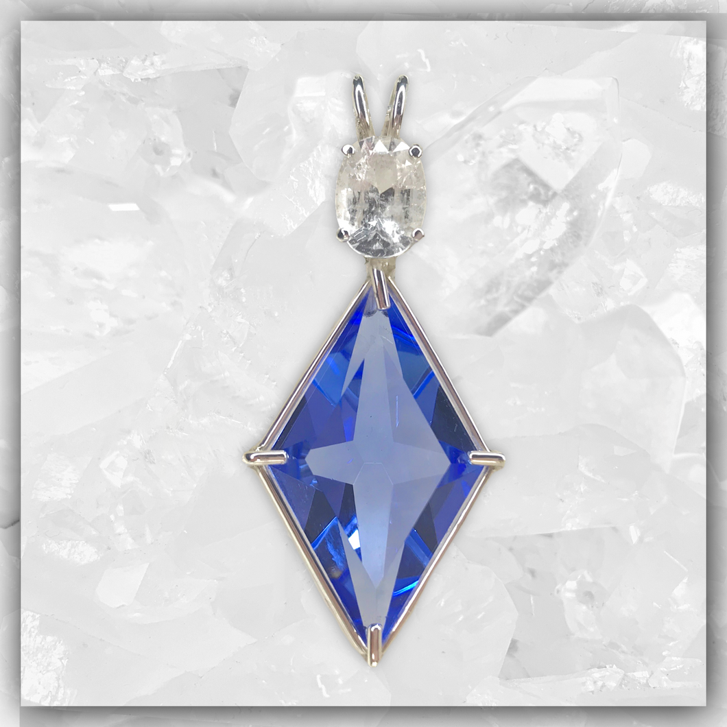 Siberian Blue Quartz Ascension Star™ with Pollucite