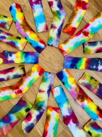 TIE-DYE SOCKS ~BRIGHT COLORS~