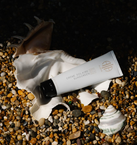 Aleana organic floral sunscreen by goooders, sunscreen that doesnt harm the marine ecosystem