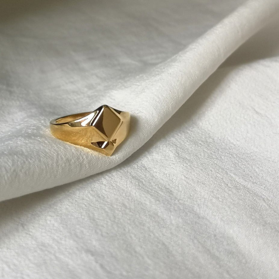Signet Ring, Gold signet ring