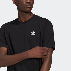 adidas - Polera TRIFOLIO ADICOLOR ESSENTIALS Black GN3416