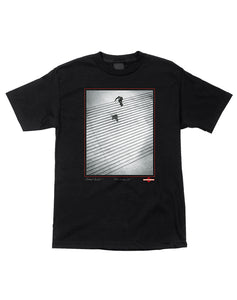 "Independent - Polera ""Burnett/Jaws Lyon 25"" Black (1489402429499)"