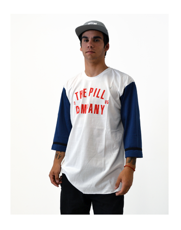 "Pill – Polera 3/4 ""Welcome"" White / Blue"