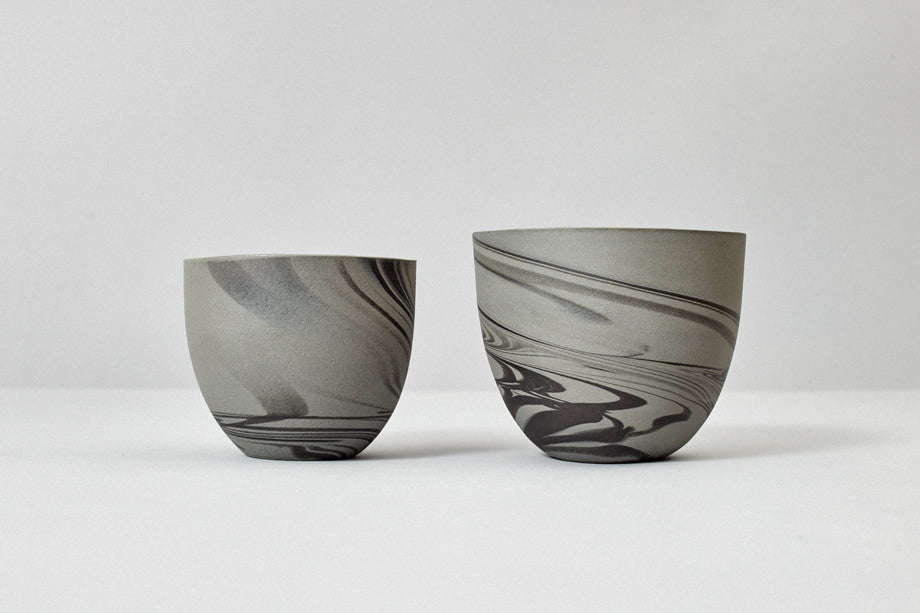 Smoke cup, gray with black