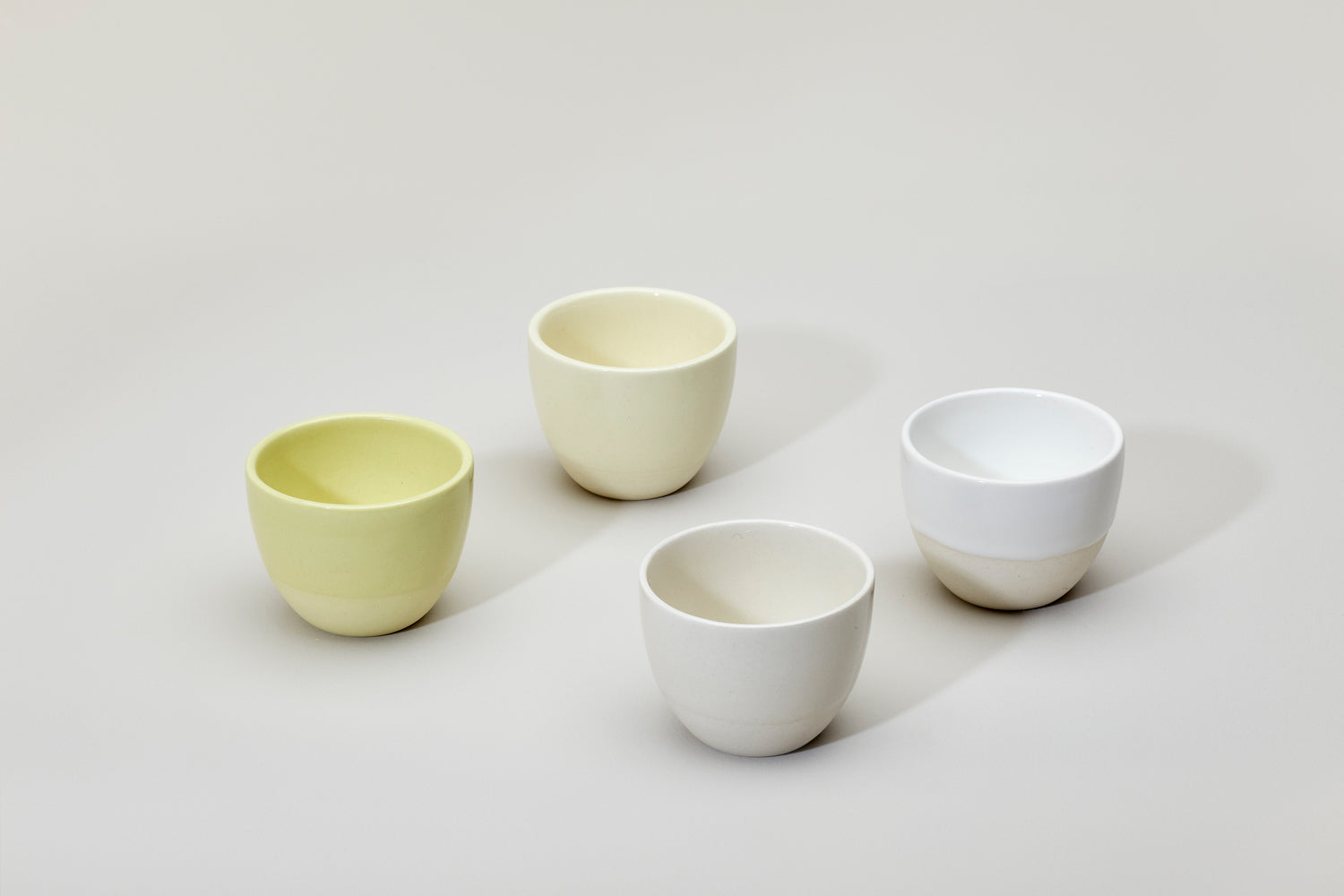 Simple cups, yellow set