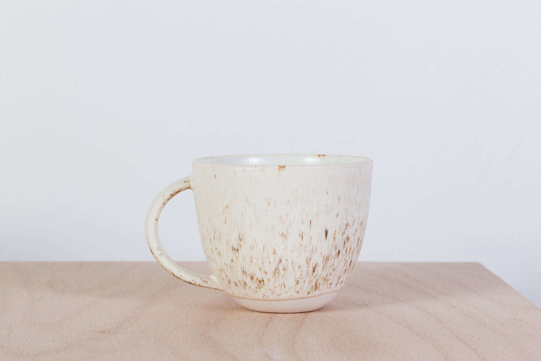 Simple mug with miracle glaze