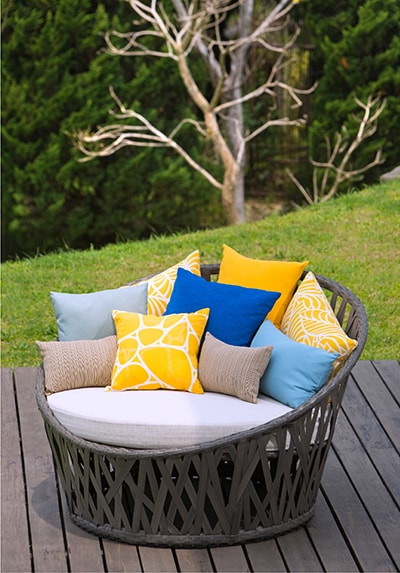 TYPES OF OUTDOOR FABRICS AND TREATMENTS