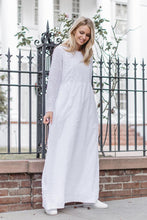 Load image into Gallery viewer, White Gardenia Dress