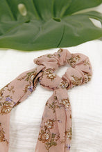 Load image into Gallery viewer, Bella Scarf Scrunchie | Pink