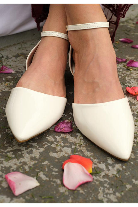 White Acacia Shoes