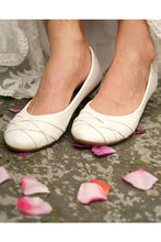 Load image into Gallery viewer, White Aster Shoes