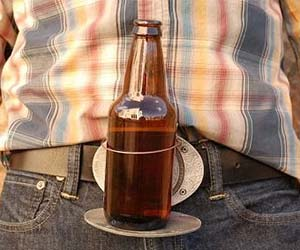 Beer Buckle Holds A Bottle Or Can Hands Free - ZZgeeks