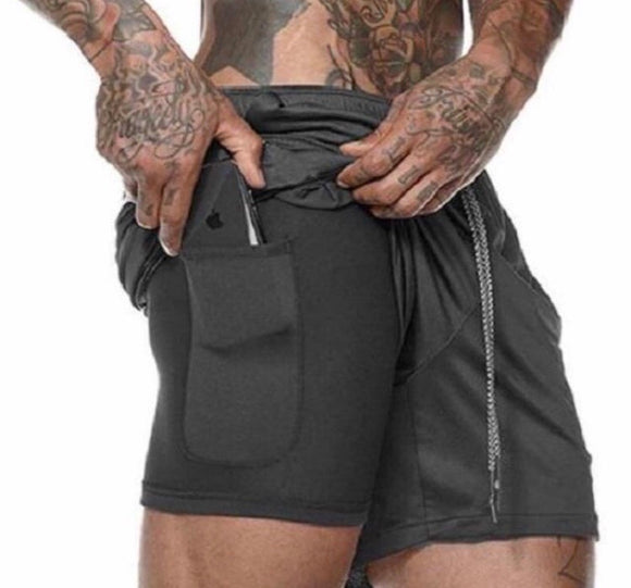 Sports and fitness quick-drying shorts