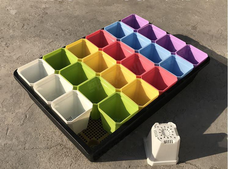 24 x Extra Thick 7cm Plastic square pot with seedling Tray