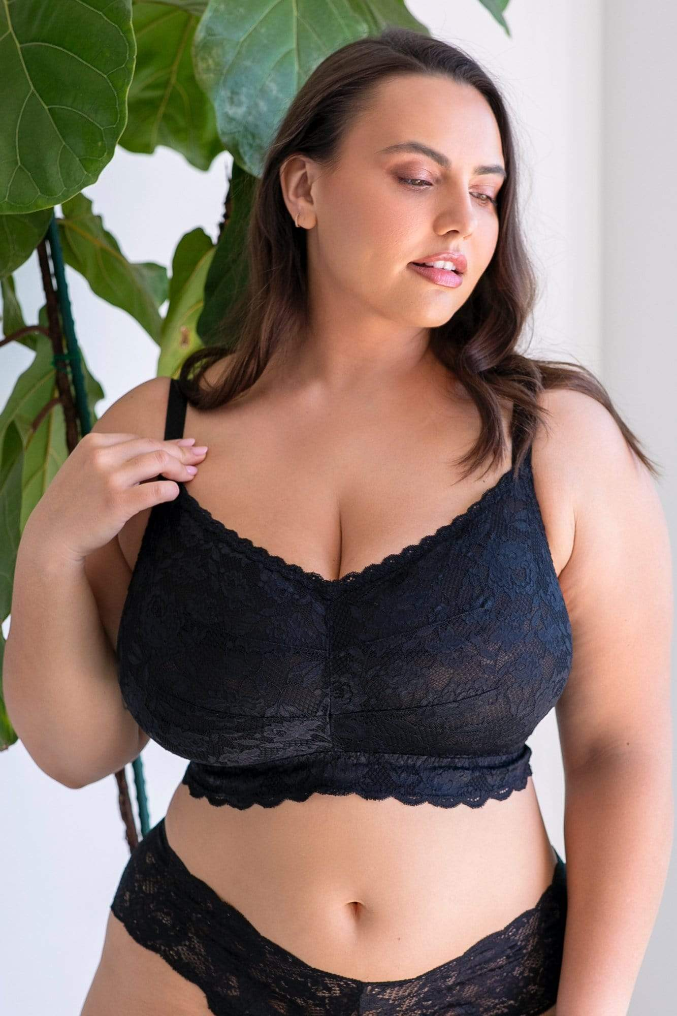 cosabella never say never ultra curvy sweetie bralette in black size small