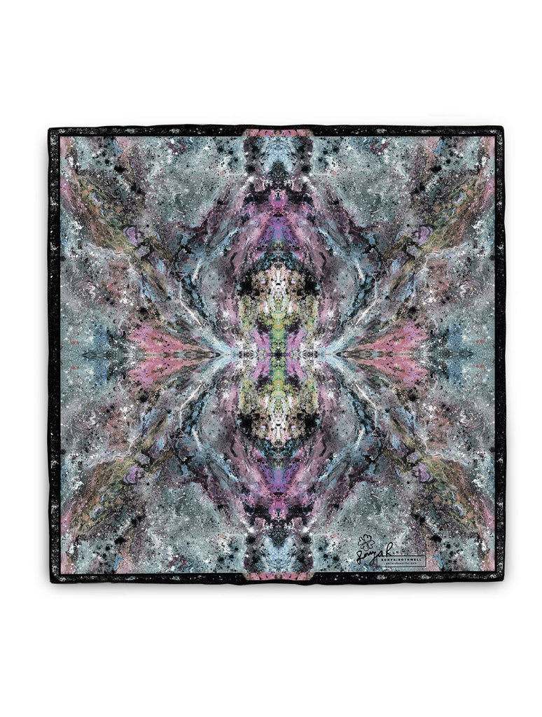 MANASLU SILK SCARF : TWILIGHT BLU